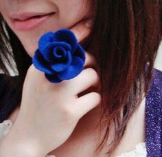 DIY felt rose ring