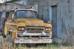 Abandoned truck in Henning, TN.
