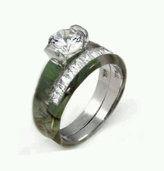 Camo wedding ring love this!