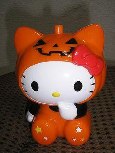 hello kitty halloween images | Happy Hello Kitty Halloween! | Haikugirl's Japan