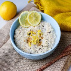 Lemon Poppyseed Oats 🍋 to start this windy Tuesday in Oz 🌧❄️ Super simple, just add a good squeeze of lemon, some zest, a tsp of poppy seeds and sprinkle with coconut sugar 💛🍋🙌 Very nice indeed. Thank you to everyone that has entered our Buddha Bowl