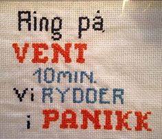 Bilderesultat for geriljabroderi tekst Cross Stitching, Cross Stitch Embroidery, Cross Stitch Letters, Funny Signs, Creative, Needlework, Diy And Crafts, Craft Projects, Knitting