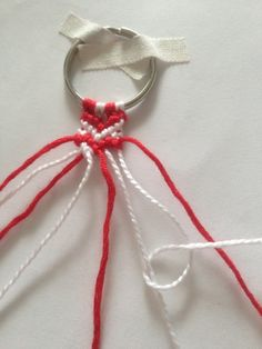 SYDÄN YSTÄVÄNAUHA – LISÄRIPANKKI Diy Christmas Gifts, Christmas Ornaments, Holiday Decor, Crochet Stitches, Crochet Necklace, Crafts For Kids, Jewelry, Children, Boyfriends
