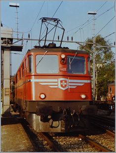 See related links to what you are looking for. Swiss Railways, Oil Rig, Trains, Felder, Switzerland, Europe, Pictures, Wayfarer, Locomotive
