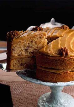 Kaffee-Walnuss-Kuchen - Torte mit Espresso - so lecker dieses Dessert! Rezept auf www.gofeminin.de/kochen-backen/rezepte-mit-kaffee-d53314c611256.html