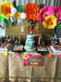Big flowers Moana Party Birthday Party Ideas | Photo 1 of 22