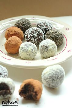 A delicious truffle that is actually good for you & only takes 15 minutes to make! #trufflerecipe #vegan #glutenfree