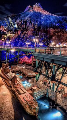 Walt Disney Land, Tokyo Disney Sea, Disney Rides, Tokyo Disney Resort, Disney Parks, Disneysea Tokyo, Disney Word, Nemo, Disney Phone Wallpaper