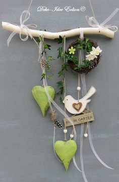 Window decoration ♥ ️ … heart, wreath, green, little birds and ribbons … ♥ ️ ♥ ️ … unique – the item shown is delivered … ♥ ️ ** Width: heart: longest length from branch: … – life ideas – Holidays Diy And Crafts, Crafts For Kids, Decorative Soaps, Driftwood Crafts, Little Birds, Nature Crafts, Easter Crafts, Plant Hanger, Craft Projects