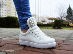 Nike Cortez, White Shoes, Sport Fashion, Girly Girl, Sneakers Nike, Street Style, Nike Tennis, Sporty Fashion, Urban Style