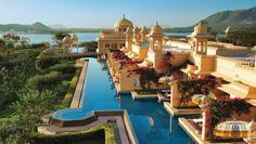 Maharaja Luxury Tour: The Oberoi, Udaivilas, is a Rajput-style hotel set on 30 acres of lush gardens.