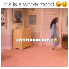 Memes Discover What song is this? Funny Black Memes, Crazy Funny Memes, Funny Video Memes, Stupid Memes, Funny Relatable Memes, Funny Posts, Funny Shit, Haha Funny, Hilarious