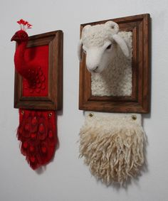Needle Felting by Zoe Williams. Really interesting needle felting. Needle Felted Animals, Felt Animals, Wet Felting, Needle Felting, Felt Pictures, Framed Pictures, 3d Figures, Faux Taxidermy, Animal Heads