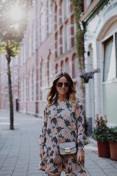 Billie Rose blog | Fashion blog www.billieroseblog.com Wearing ganni floral…