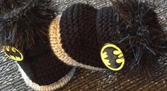 New Unisex baby booties 0-3months  Batman Hand Knitted By Annie  | eBay