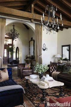 Rustic Italian Home Luxury Mediterranean Homes, Mediterranean Decor, Mediterranean Architecture, Mediterranean Living Rooms, Style Tropical, Tropical Home Decor, Tuscan Design, Tuscan Style, Tuscan Decorating