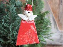 Anhänger Weihnachtsmann - Hobbies paining body for kids and adult Christmas Clay, Christmas 2017, Diy Christmas Gifts, Xmas, Christmas Ornaments, Holiday Decor, Raku Pottery, Clay Ornaments, Pottery Studio