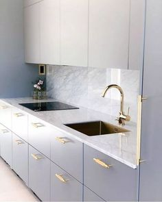 27 Modern Kitchen Interior Design That You Have to Try Kitchen Room Design, Luxury Kitchen Design, Home Decor Kitchen, Interior Design Kitchen, Home Design, Home Kitchens, Kitchen Office, Design Ideas, Kitchen Ideas