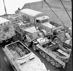 Sd.Kfz. 8 schwerer Zugkraftwagen (12-ton)   Flickr - Photo Sharing!