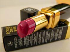 Mein Chanel Rouge Coco Shine Lippenstift Viva - mit Review und Swatches http://infarbe.blogspot.de/2014/09/mein-chanel-rouge-coco-shine.html