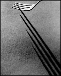 vivipiuomeno: Forks by Valeriy Samarin ph. Moscow 64 9 (via Light And Shadow Photography, Line Photography, Minimal Photography, Photography Classes, Urban Photography, Still Life Photography, Abstract Photography, Photography Tutorials, Macro Photography