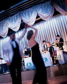 You can never go wrong with dancing and a live band!