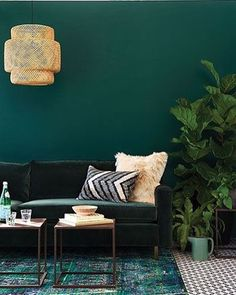 I love the thought of spring, many of you are still dealing with the cold wether but that doesn't mean your home has to be. Can we go back to the Green Day's? I live for color inspiration or ways to implement any form of it in home. This gorgeous space takes all the green I need to create one stunning room. Who said it has to be traditional. • • : just found another love ❤️ the friends over @chatelainemag are serving life! ✨ • • #instablogger #instablog #inspiration #style #design #...