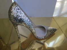Good morning glitter pump, courtesy of Alice & Olivia. #shoes