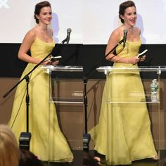 NEW: #emmawatson shares her love of books with children from The NY Film Society for Kids at Lincoln Center's Francesca Beale Theater on March 13, 2017 in New York City  #BeautyAndTheBeast #beourguest