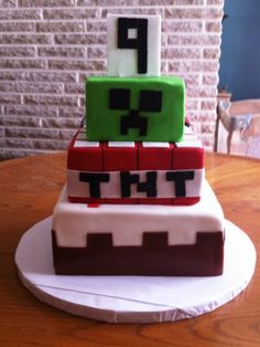 Minecraft Cake For A Birthday Party Ideas 9th Birthday Parties, Themed Birthday Cakes, Birthday Ideas, 8th Birthday, Cupcakes, Cupcake Cakes, Minecraft Birthday Cake, Cake Minecraft, Minecraft Party Decorations