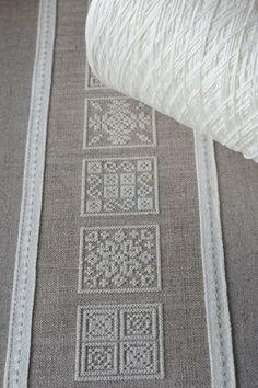 Inspiration, cream thread on dark linen Hardanger Embroidery, Diy Embroidery, Cross Stitch Embroidery, Embroidery Patterns, Cross Stitch Designs, Cross Stitch Patterns, Drawn Thread, Bargello, Filet Crochet