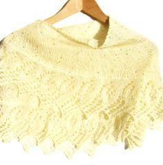 Lace knit shawl. Payette knitting cream shawl. by ATLASKNITSHOP, $89.00