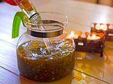 Švédské kapky — Recepty — Kouzelné bylinky — Česká televize Nordic Interior, Korn, Detox, Honey, Herbs, Homemade, Health, Fitness, Home Made