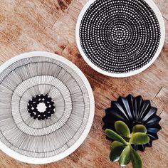 @KiitosMarimekko: Photo 2 of 3. Siirtolapuutarha Dinnerware Collection. Items… Design Textile, Kitchen Dishes, Marimekko, Colour Schemes, Ceramic Bowls, Home Decor Inspiration, Surface Design, Dinnerware, Monochrome