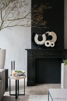 Modern Home Decoration .Modern Home Decoration Decor, Interior Decorating, Interior, Beautiful Interiors, Black Fireplace, Cottage Decor, Home Deco, Interior Art, Dark Interiors