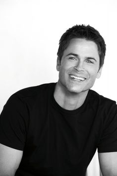 Rob Lowe - wow, so gorgeous :-)