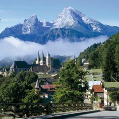 Berchtesgaden mit Kehlsteinhaus, Salzbergwerk und Nationalpark (© DZT- Deutsche Zentrale für Tourismus)