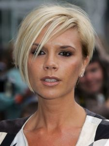 Pictures : Victoria Beckham Hairstyles - Victoria Beckham Graduated Bob Back View