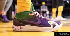 pretty nice bc143 ebcb6 Kyle Kuzma with the custom Kobe and Joker shoes for Halloween - Zodab