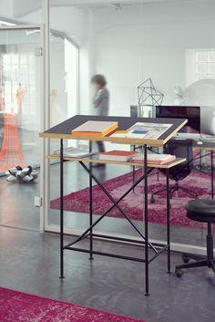 Milla 700 Stehpult Richard Lampert designed by Otto Sudrow ab 498,00 €. Bestpreis-Garantie ✓ Versandkostenfrei ✓ 28 Tage Rückgabe ✓ 3% Rabatt bei Vorkasse ✓