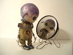 Купить Маленький пришелец . - хаки, авторская кукла, пришелец, инопланетянин, коллекционная кукла, интерьерная кукла