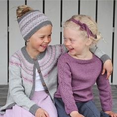 Bilderesultat for klompelompe lue Knitting For Kids, Knitting Patterns, Winter Hats, Crochet Hats, Sleeves, Instagram Posts, Collection, Barn, Fashion
