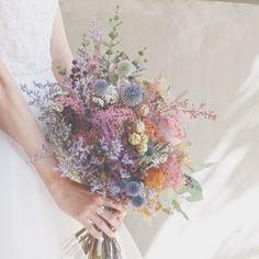 """*everlasting...* ウェディングブーケ。 made by @itaya.tsg 永遠にこの幸せが続きますように。 そんな想いを込めて、 色褪せないドライフラワーや""""永遠""""に まつわる花言葉をもつ花を使って♡ #TRUNKBYSHOTOGALLERY #wedding #weddingtbt #bouquet #flower #結婚式 #結婚式コーデ #結婚式準備 #ウェディング #ウェディングブーケ #クラッチブーケ #ドライフラワー #プリザーブドフラワー #ブーケ #花束 #スワッグ #インテリア #ウェディングドレス #ウェディングフォト #ウェディングアクセサリー #ウェディングdiy #プレ花嫁 #卒花 #卒花嫁 #花言葉 #入籍 #プロポーズ #両家顔合わせ #渋谷 #奥渋"""