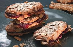Chewy Almond-Raspberry Sandwich Cookies / Hans Gissinger Useful comments in the reviews!