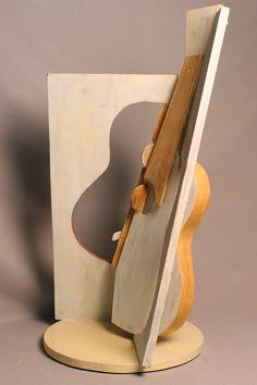 Antonio de Torres II • Madera policromada • 40 X 40 X 85 cm
