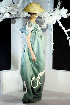 Christian Dior Spring 2007 Couture Fashion Show - Eugenia Volodina (NATHALIE)