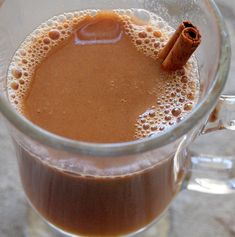 Hot Buttered Apple Cider (with Rum). So, yummy & makes the house smell delicious. This hot buttered cider with rum is festive and ideal for a crowd. Chef Recipes, Fall Recipes, Holiday Recipes, Great Recipes, Favorite Recipes, Amish Recipes, Delicious Recipes, Yummy Drinks, Yummy Food