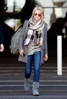 Julianne Hough...shes so pretty! and love the outfit