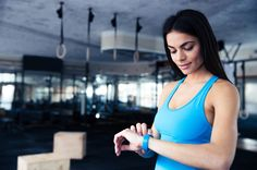 Fitness Tracker: Why Buy a Wearable Watch? Best Fitness Tracker, You Fitness, Fitness Goals, Fitness Bike, Fitness Motivation, Fitness Watches For Women, Running Magazine, Health App, Qigong