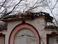 Варна - стара сграда в Морската градина/ old building in the Sea Garden 05.01.14 | Щрихи от Варна.